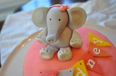 The Queen of Fondant animals and so much more!