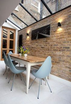 20 Classy And Elegant Dining Room Ideas Farmhouse Dining Room Classy Dining Elegant Ideas Room Dining Room Sets, Tiny Dining Rooms, Elegant Dining Room, Dining Room Lighting, Dining Room Design, Ceiling Lighting, House Extension Design, House Design, Best Dining