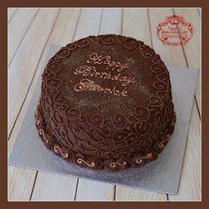 Tort czekoladowy z rumem i konfiturą z malin. Zapraszam do mojej galerii - kliknij i polub na Facebook'u http://ift.tt/2iOM9eB http://ift.tt/2hQF4gA Żądaj certyfikatu ! Nie ryzykuj ! #WheresTheSticker #BirthdayCakeSmash #MagdasCakes #northampton