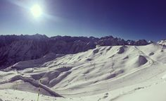 En direct du Cirque du Lys grand ciel bleu et neige fraîche le paradis. #cauterets #pyrenees #hapytravel #tourismemidipy #npyski by cauterets