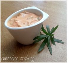 Sauce burger maison Here's a recipe for homemade Burger sauce Ingredients: 4 tbsp. Vegetarian Recipes, Snack Recipes, Snacks, Cas, How To Cook Hamburgers, Marinade Sauce, Homemade Burgers, Pesto Sauce, Hamburger Recipes