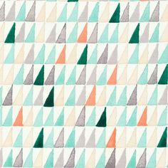 Voile Bio-Stoff creme Dreiecke bunt von Quilt it out auf DaWanda.com