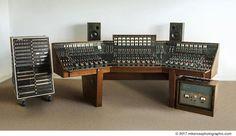 La console ayant enregistré Dark Side Of The Moon de Pink Floyd va être vendue aux enchères