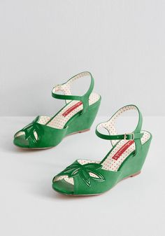 In the early days of summer, the only thing better than freshly cut flowers are brand new sandals from one of our favorite designers - B. These faux-leather, peep-toe wedges in kelly green will wow you with their floral cut-outs and glossy Peep Toe Wedges, Peep Toe Pumps, Wedge Shoes, Stiletto Heels, Women's Shoes, High Heels, Vintage Inspired Shoes, Vintage Style Shoes, Pin Up Shoes