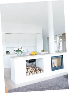Modern fireplace / kitchen If I tore down the wall between my kitchen & living room maybe this would be a neat divider/island. Open Plan Kitchen Living Room, New Kitchen, Kitchen Small, Kitchen Island, Kitchen Layout, Kitchen White, Kitchen Modern, Dining Room, Kitchen Worktop