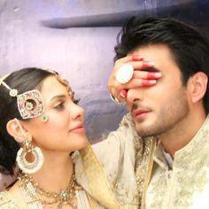 Dulhan Bride  South Asian Desi Pakistani Wedding Henna Mehndi Groom Dulha