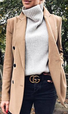 #fall #outfits sweater beige long jacket grey jeans