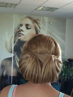 Účes Dreadlocks, Martini, Hair Styles, Beauty, Hair Plait Styles, Hair Makeup, Hairdos, Haircut Styles, Dreads