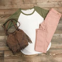 Happy St. Pattys day!! Take 15% OFF the whole store all weekend long!! ☘️☘️#frankieandjules #fnjstyle #shopsmall   #shopsmallkc #kc #localkc #shopkc #boutiquefashion #ootd #wiw #whatimwearing #whatiwore #springstyle #personalshopper #styleinspo #midwestdressed #midwestbloggerskc #kansascityblogger #bohoblogger #stpatricksday #midweststyle #kansascityparade