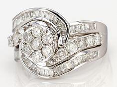 Diamond Gemstone, Diamond Rings, Broken Chain, Types Of Rings, Cluster Ring, Gold Material, White Gold Rings, Ring Designs, Baguette