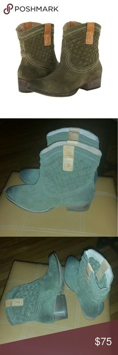 """Olive Cow Suede Western Boots Diba True Free Pass Boots Cow Suede Olive 2"""" heel Never Worn outside. Diba Shoes Ankle Boots & Booties"""