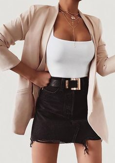 Classy Edgy Summer Outfit Ideas for Women. Classy Edgy Summer Outfit Ideas for Women. Source by simplyessent Classy Summer Outfits, Spring Outfits, Casual Outfits, Winter Outfits, Outfit Summer, Cute Edgy Outfits, Summer Holiday Outfits, Teen Summer, Summer Outfits For Teens