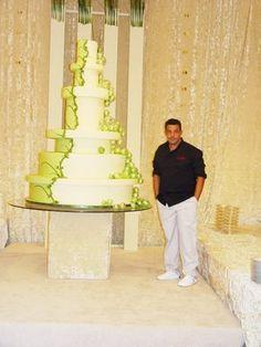 extravagent cakes   Wedding Trends Watching: Extravagant Wedding Cakes