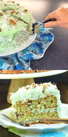 Watergate Cake: pistachio, coconut, and pudding in a delicious layer cake! #spring #dessert #watergate #pistachio #coconut Lemon Bundt Cake, Pistachio Cake, Watergate Cake, Cupcake Recipes, Cupcake Cakes, Baking Recipes, Cake Icing, Frosting, Brownie Cake