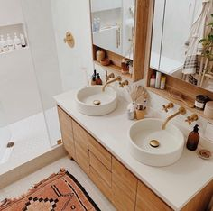 Parachute Home – Very Comfortable Bedding and Bath Linens Marimekko, Bathroom Design Inspiration, Interior Inspiration, Ikea Play Kitchen, Parachute Home, Double Bed Linen, Watermark Design, Bath Linens, Sofa Set