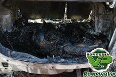 Um corpo ainda não identificado foi encontrado no porta malas de um veículo que estava completamente queimado, no final da tarde desta quinta (18), no Ramal Lago do Sapo, setor chacareiro da Capital, próximo à estrada da Penal.