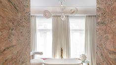 El Atelier de artistas multidisciplinares de Bathco firma en Casa Decor un baño escultórico y a medida diseñado por Beatriz Silveira. Curtains, Home Decor, Houses, House Decorations, Space, Artists, Blinds, Decoration Home, Room Decor