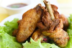 Nyonya Fried Chicken Recipe (Inchi Kabin) Ingredients: 1kg chicken (cut into pieces) Oil for deep