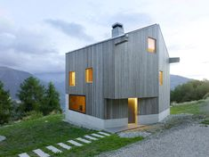 Minimalist Swiss Chalet Embraces Surrounding Vistas - http://freshome.com/minimalist-chalet-switzerland/