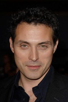♥ Rufus Sewell ♥ https://www.facebook.com/pages/Rufus-Frederick-Sewell/136550999778343