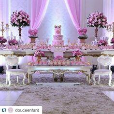 A Minnie cheia de luxo! #Repost @douceenfant with @repostapp ・・・ Festa de hoje…