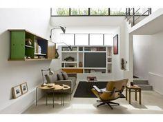 Dans un loft ambiance  années 50 Beautiful Places To Live, Loft Studio, Built In Cabinets, Studio Apartment, Elle Decor, Beautiful Interiors, Decoration, Outdoor Spaces, Attraction