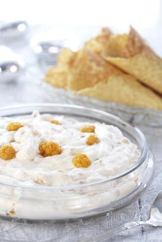 Multekrem is a traditional Norwegian dessert, made by mixing cloudberries with whipped cream and sugar. The cloudberries can be served as is or heated. It is common to serve the Multekrem with Krumkake or Kransekake. Multekrem is also a traditional Norwegian Christmas dinner dessert.