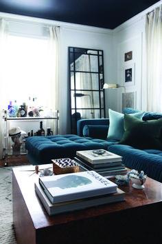 Cozy living room bar atlanta for your cozy home Living Room Bar, Cozy Living, Living Rooms, Living Spaces, Bars For Home, Interior Design Living Room, Sectional Sofa, Decoration, Family Room
