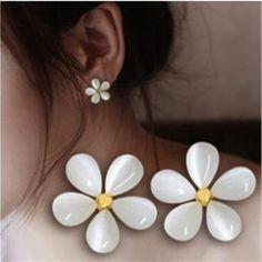 Girl-White-Five-Leaves-Jasmine-Flower-Earring-Ear-Studs