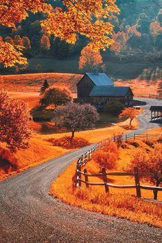 The world famous Sleepy Hollow farm near Woodstock, Vermont. Photo by Allard Schager