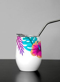 Personalized Wine Tumbler Bridesmaid Gift - Tropical Floral Wine Tumbler - Custom Tumbler with lid and straw Flower Pot Art, Small Flower Pots, Painted Plant Pots, Painted Flower Pots, Bottle Painting, Bottle Art, Clay Crafts, Diy And Crafts, Crackpot Café