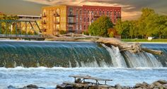 Beertown, U.S.A.: Grand Rapids, Mich.