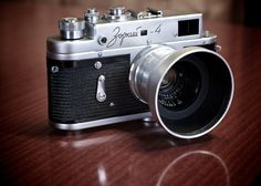 Zorki 4 with 35mm Jupiter 12 and Hood.  A Russian Leica copy. Best Camera For Photography, Photography Gear, Leica Photography, Photography Accessories, Vintage Photography, Camera Deals, Camera Nikon, Dslr Cameras, Antique Cameras