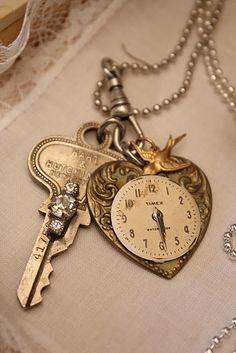 Key and time neaclace super embroided