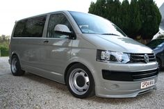 VW on banded steels Vw Transporter Camper, Car Camper, Campers, Vw Caravelle, 4x4 Van, Rims For Cars, Cool Vans, Busse, Volkswagen Bus