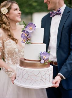 Wedding Cake with Purple Flowers and Metallic Geometric Details | Emily Katharine Photography | http://heyweddinglady.com/whimsical-modern-garden-wedding-copper-purple/