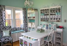 Craft Studio - Who wouldn't be inspired by this beautiful room! Love the colors and so very organized! #scrapbooking #craftstudio