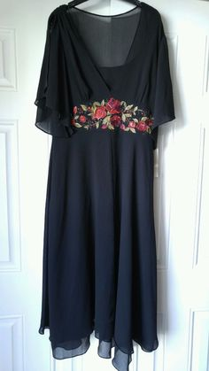 Plaza South Crepe Floral Embroidered Dress NWT Black Size 10 MSRP $79.99 #PlazaSouth #Maxi #Formal #crepefloraldress