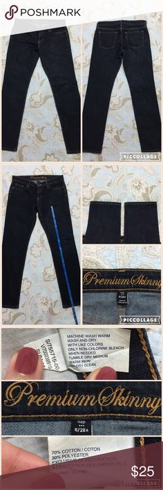GAP 1969 PREMIUM SKINNY JEANS - 6/28 AUTHENTIC GAP 1969 PREMIUM SKINNY Size: 6/28 Color: Rinsed denim (Dark Navy) Fit: Skinny Cut: Mid rise Inseam: approx 29 inches  Full length (top to bottom): 38 inches Material: 70% cotton, 30% polyester   Super comfortable Gap jeans! Makes your booty look good ;). Started cleaning out my closet and found this, not my style. so I wanted to give this pair (practically new) to a new home!   I have a lighter pair on my listings as well, let me know if you…
