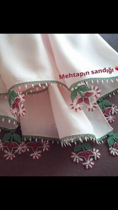 Bargello, Karen Millen, Eminem, Door Design, Needlework, Embroidery, Pink, Patterns, Crochet Doilies