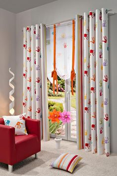 Children's Bedroom Decor - Selecting the Best Curtain Headings - Life ideas Teen Curtains, Kids Room Curtains, Home Curtains, Modern Curtains, Tropical Bedroom Decor, Rideaux Design, Curtain Headings, Childrens Bedroom Decor, Curtain Designs