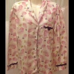 VS FLANNEL SLEEP SHIRT So cute button front sleep shirt Victoria's Secret Intimates & Sleepwear Pajamas