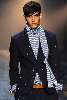 Striped scarf, http://astasilk.tumblr.com/