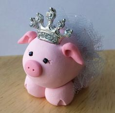 Pink Princess Pig Ornament or Cake Topper with Pink Tutu and Crown Pig Baby Shower, Pig Crafts, Mini Pigs, Pig Birthday, Baby Pigs, Pink Sparkly, Pig Party, Clay Ornaments, Clay Animals