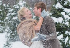 Winter bride and groom photo idea...