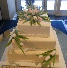 Square Tulip Wedding Cake! — Square