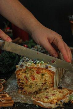 Fruit Pound Cake with Orange glaze – Cau de sucre Sweet Recipes, Cake Recipes, Gateaux Cake, Pan Dulce, Zucchini Cake, Plum Cake, Savoury Cake, Christmas Baking, Yummy Cakes