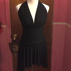 Party dress sexy/cocktail dress Little black strapless dress short in middle part and longer at the ends the style is. No tag but it's a medium size will fit 7 to 9. Worn once to Party  Dresses Mini