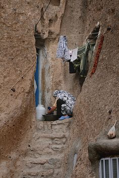 doing laundry in iran