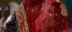 Shah Rukh Khan and Preity Zinta - Veer-Zaara Romantic Dialogues, Srk Movies, Preity Zinta, Cheesy Jokes, Fashion Couple, Funny Clips, Film Stills, Shahrukh Khan, Best Actor